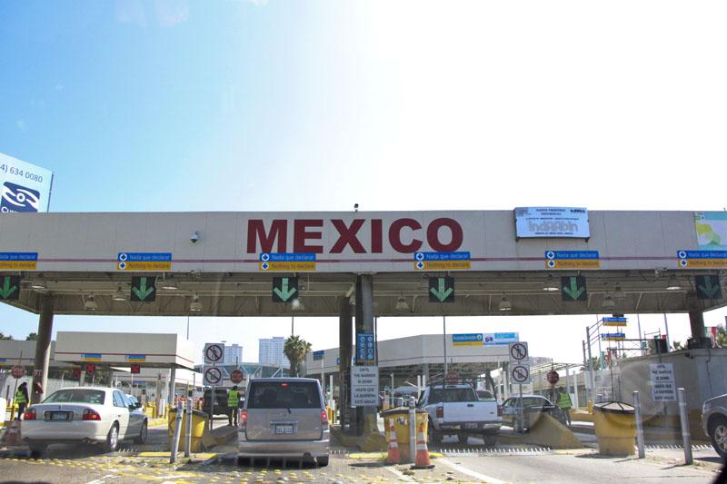blog archives crossing border.